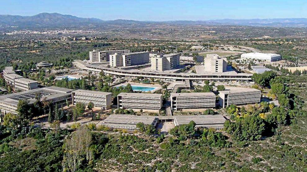 Vista aérea del Complejo Educativo de Cheste Cecheste